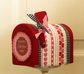 """Love Day"" Mini Mailbox"