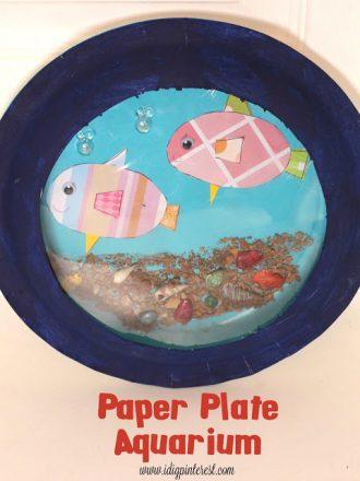 Crafting with Kids: Paper Plate Aquarium
