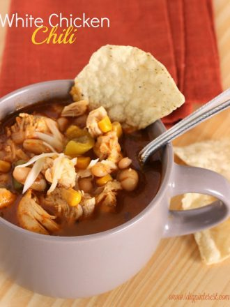 White Chili with Chicken & Thursday Favorite Things Link Party