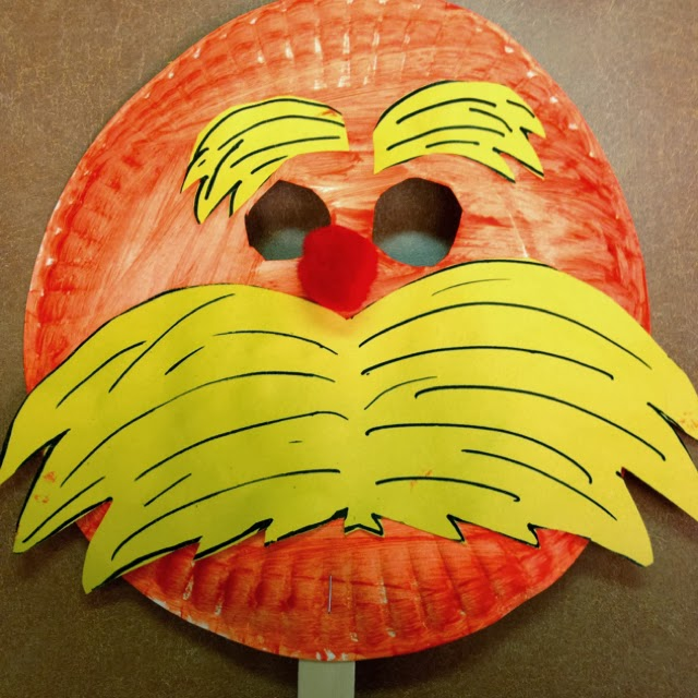 Dr Seuss  Fish  Fish Crafts