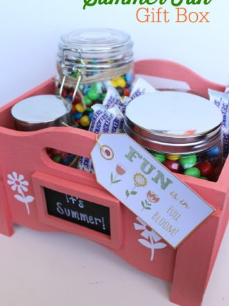 """Fun is in Full Bloom!"" Summer Goodie Gift Box Idea"