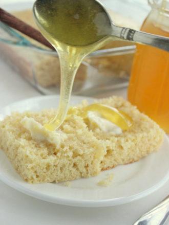 Light & Moist Sour Cream Cornbread