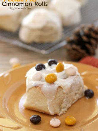 Pecan Pie Cinnamon Rolls