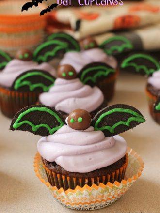 Bat Halloween Cupcakes