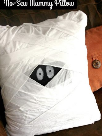 No-Sew Mummy Pillow