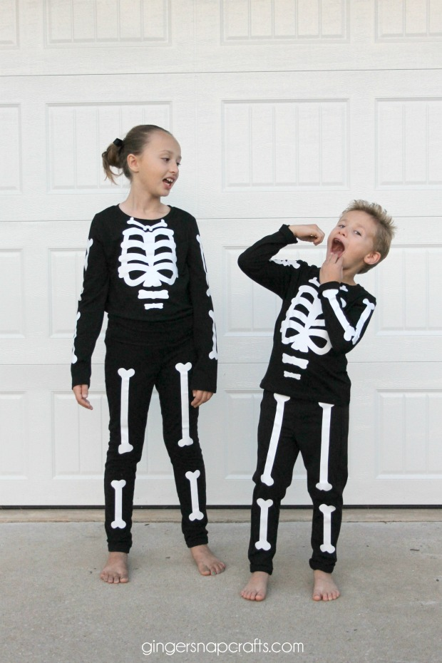Easy Diy Skeleton Costume I Dig Pinterest