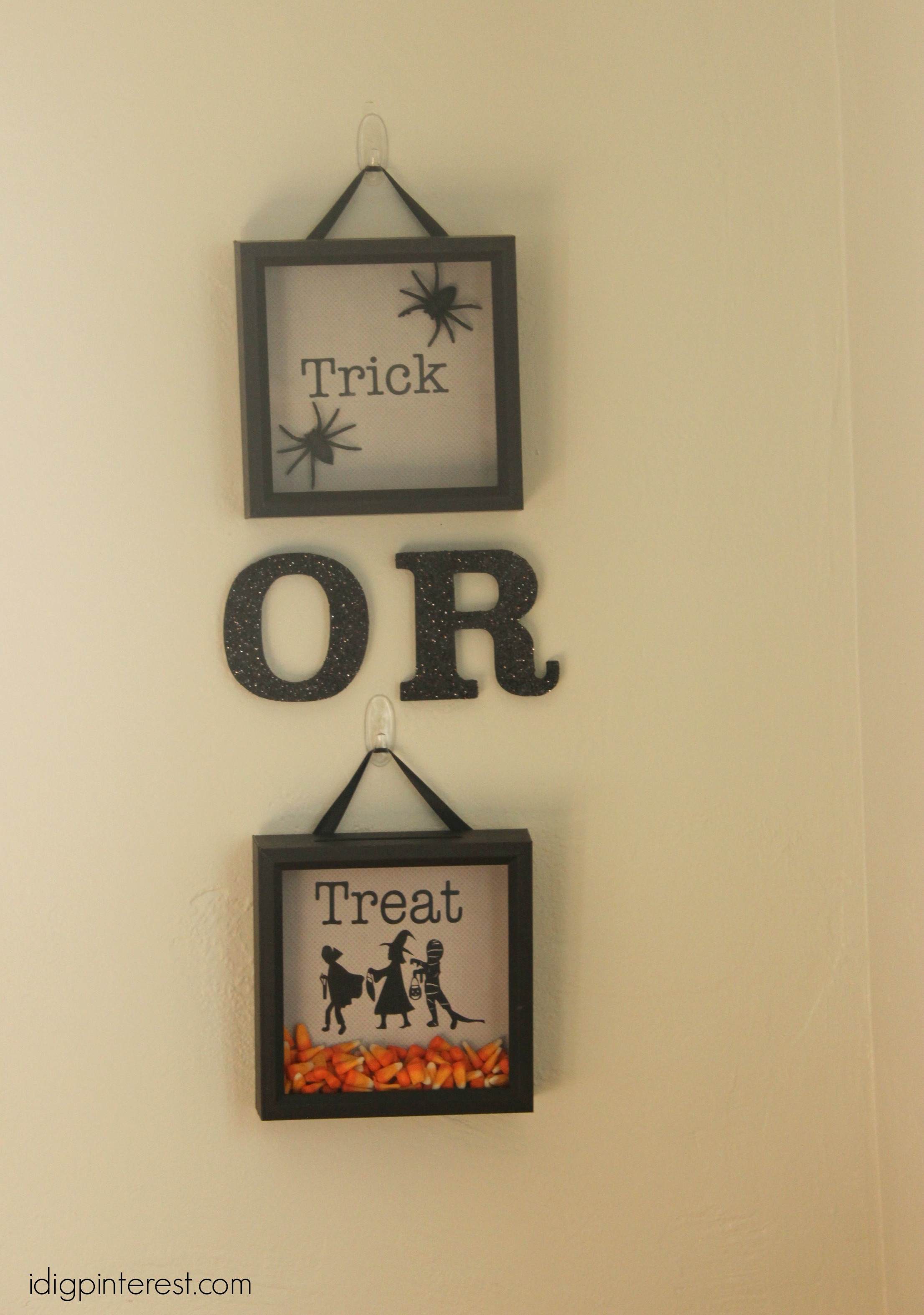 Trick-or-Treat Shadow Box Wall Decor - I Dig Pinterest
