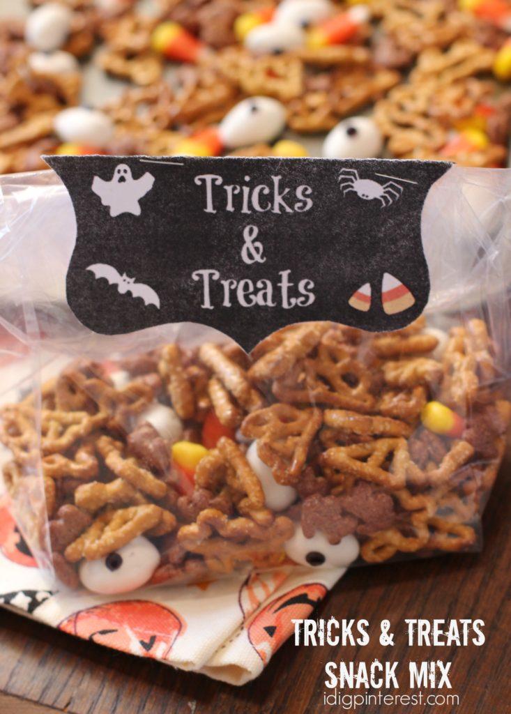 tricks-and-treats-snack-mix2