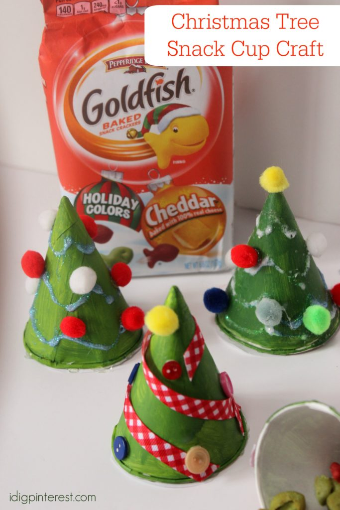 christmas-tree-snack-cup-craft