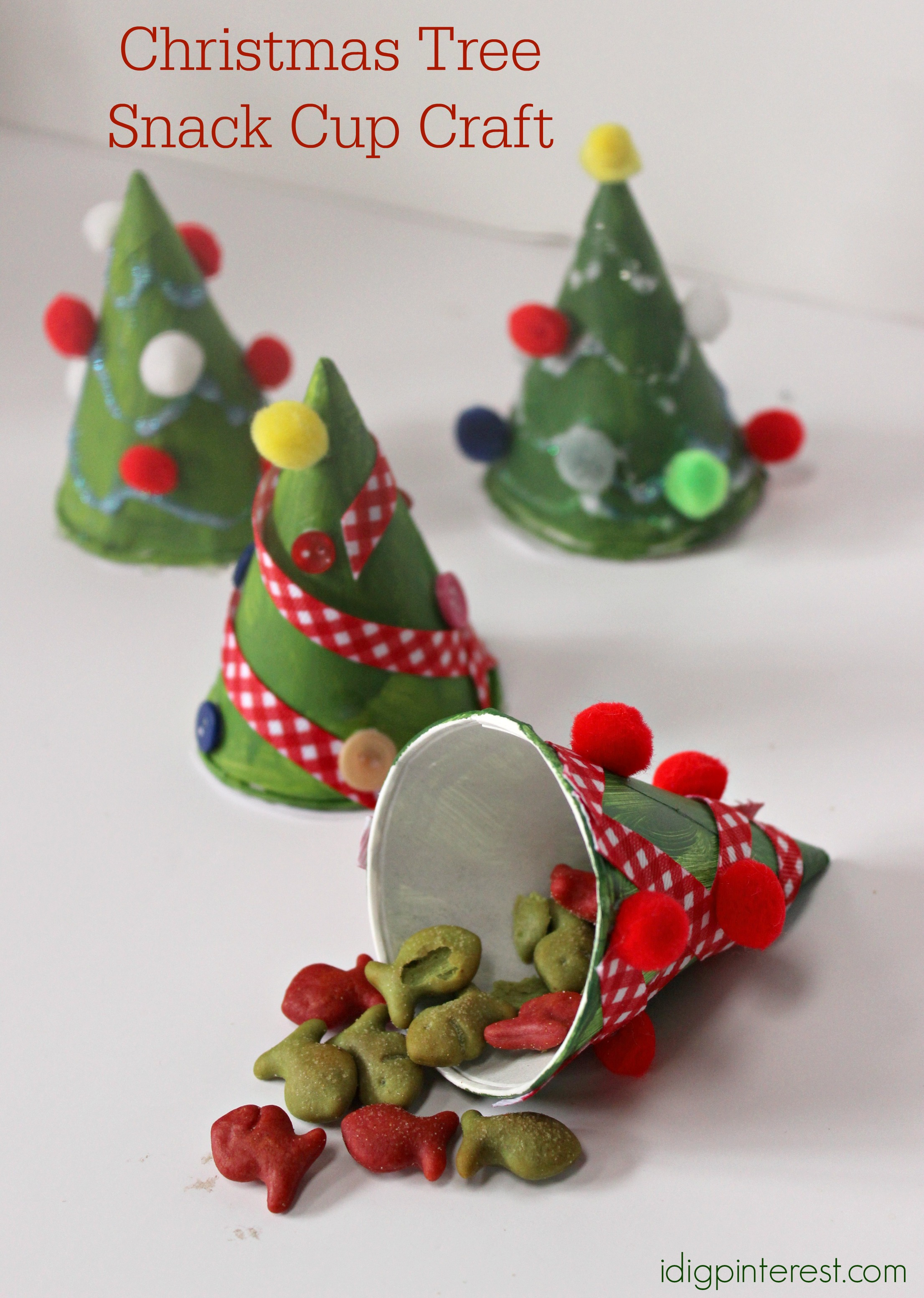 Christmas Tree Snack Cup Craft - I Dig Pinterest