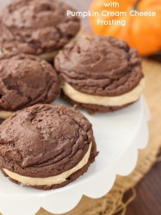 Oreo Cookies with Pumpkin Cream Cheese Frosting